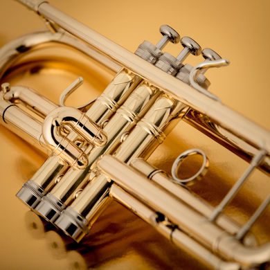 JP351SW HW Bb Trumpet in Lacquer Macro Shot